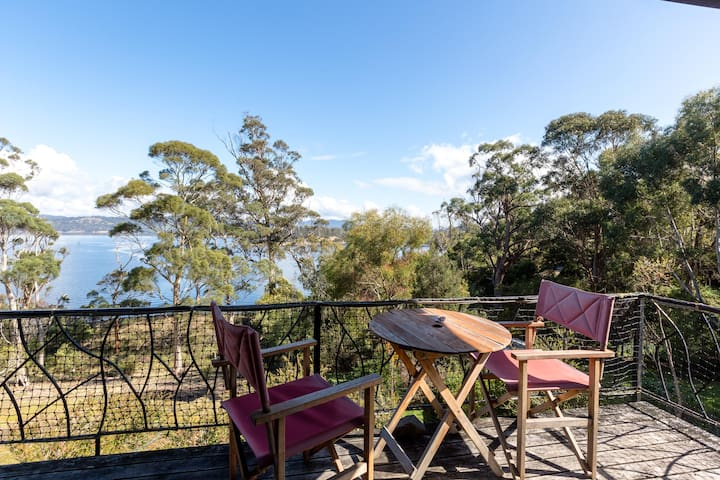 Rustic cliff-top coastal hideaway - Randalls Bay - Huis