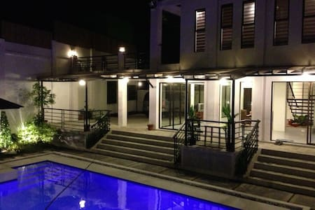 Restful Villa in Tagaytay City - Tagaytay