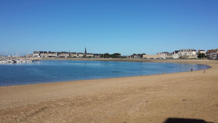 T2 sur plage - Saint-Malo/St-Servan - Saint-Malo - Daire