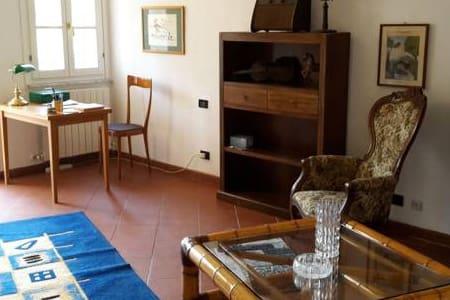 Affitta Camere con Bagno in comune - Venturina Terme