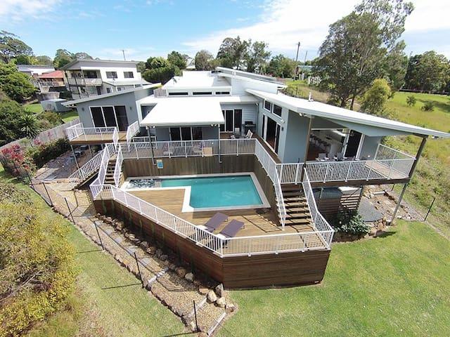 Farrecian Gold Coast - Eagle Heights - Casa