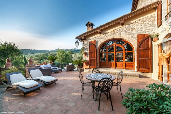 Chianti's Hill Home near Florence - スカンディッチ - 一軒家