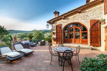 Chianti's Hill Home near Florence - Скандиччи - Дом