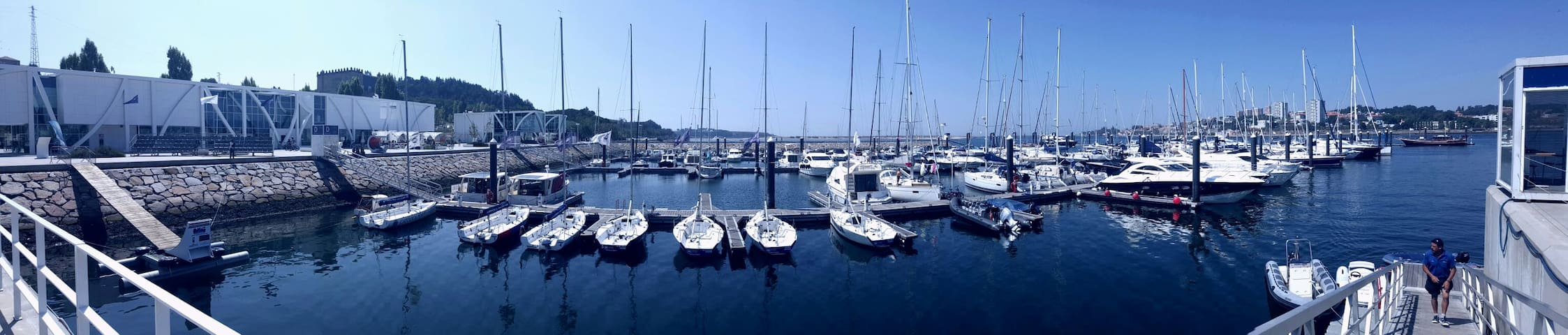 Marina da Afurada. Rent a boat and enjoy a romantic dinner on board.