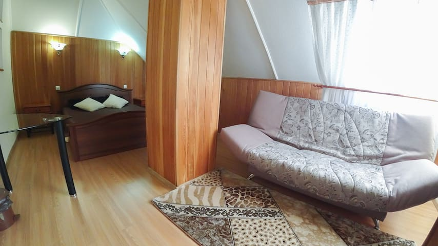 Room in the luxury cottage close to Golden Bridge