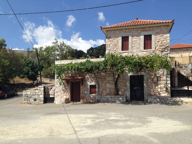 100 years old Stone Olive Oil Press - Drosopigi