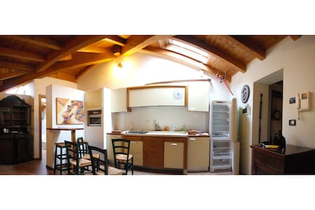 Una suite di un Grand Hotel - Renazzo - Pis