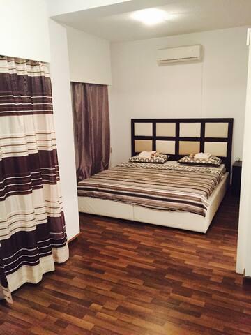 Athina  3 bedroom Flat near beach - Germasogeia