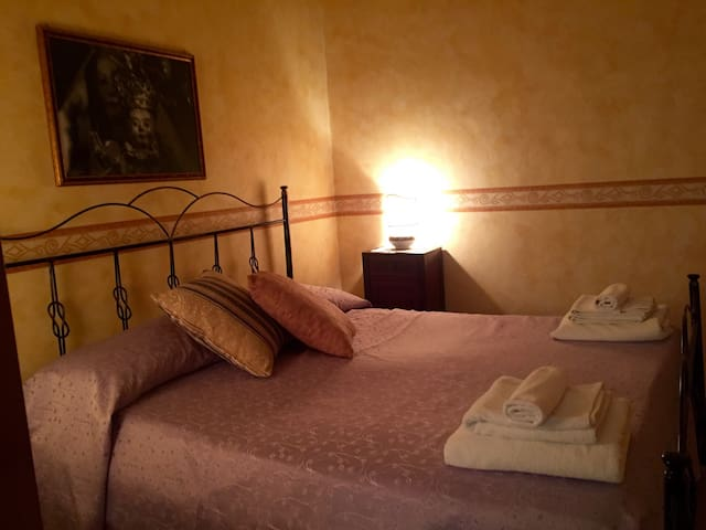 La Tana dell'Orso 2 - Guardia Sanframondi - Bed & Breakfast