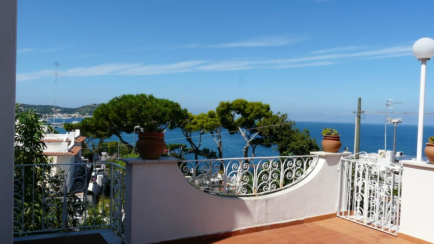 Waterfront Apartment - Casamicciola Terme - Casa