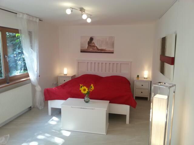 Romantisches Zimmer bei Böblingen - Altdorf