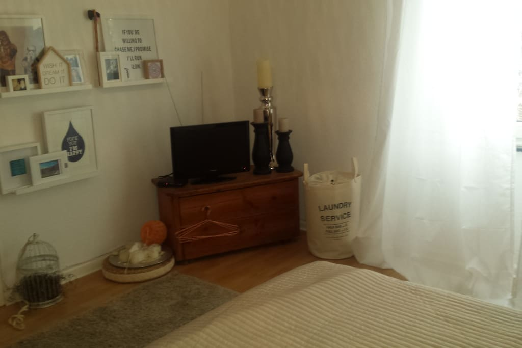 2 g stezimmer in 80m2 wohnung chambres d 39 h tes louer for Chambre hote allemagne
