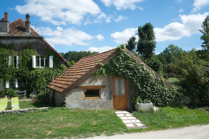 Studio apartment in rural idyll - Loulans-Verchamp - Alpehytte