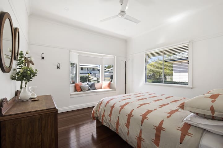 Main bedroom with northern window seat