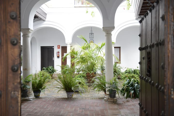 CASA PALACIO LAS PALOMAS + WIFI - Sanlúcar de Barrameda - Leilighet