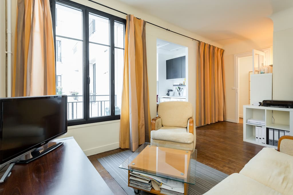 2 pi ces 40m paris logement entier appartements en - Interieur appartement original et ultra moderne a paris ...