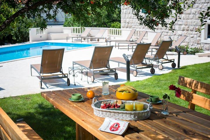2 bed room (garden,pool,terrace) - Dubrovnik - Casa