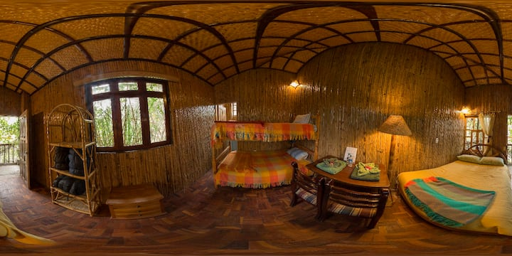 Pululahua Ecolodge Bamboo Room