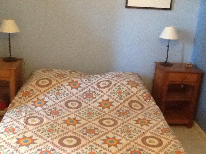 Chbre avc lit 140 dans maison calme