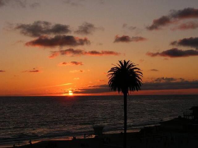 Coastal Encinitas 2 Bedroom House 1 Mile Beach