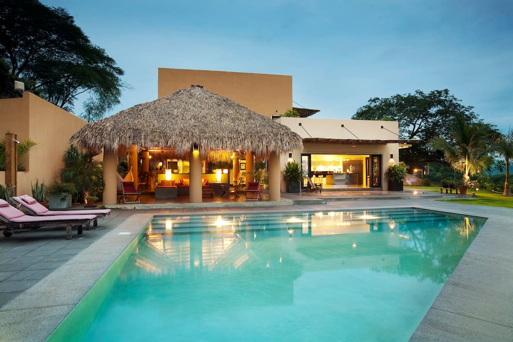 Villa kanda houses for rent in tamarindo guanacaste for Villas for rent in costa rica