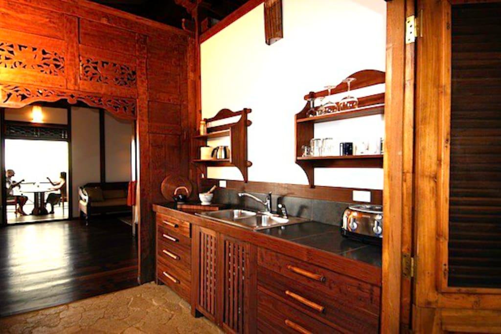 Potoo Kitchen