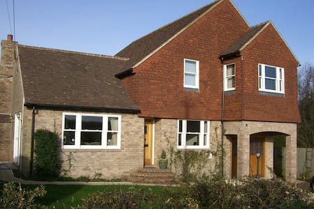 Orchard House - Trotton - Bed & Breakfast