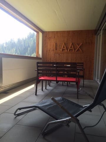 Stylish Ski apartment 4p LAAX - Laax - Apartamento