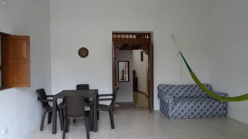 Hermosa y acogedora casa semicolonial en Restrepo.