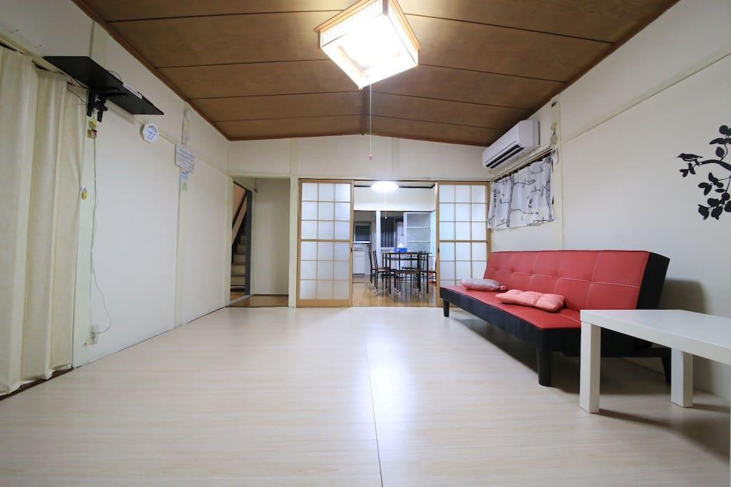 客廳非常寬敞