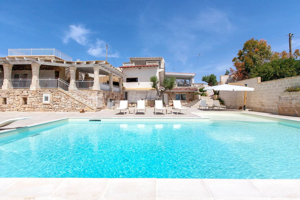 Luxury villa pool muse salentine villas for rent in - Hotel a santa maria al bagno italia ...
