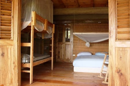 Surf Haiti Guesthouse Chambre 1