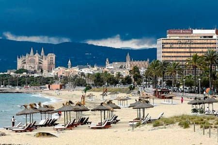 Double room near the beach and center of Palma - Palma - Huoneisto
