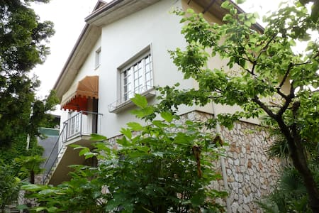 Large Villa (3 Balconies) with Garden, Lake Garda - Desenzano del Garda