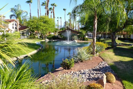 Spanish Villa in Desert Falls - Palm Desert - Társasház