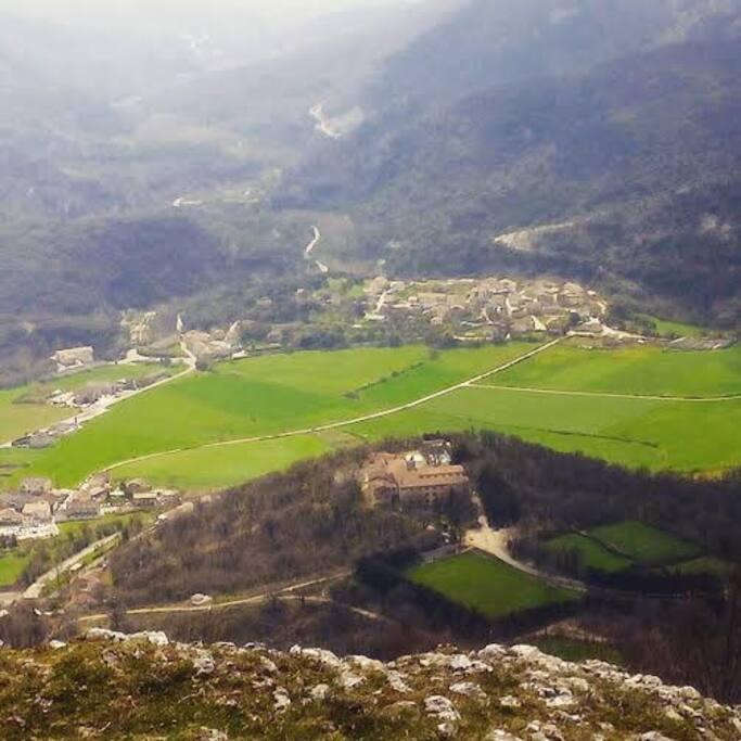 Vista de Barindano desde Urbasa