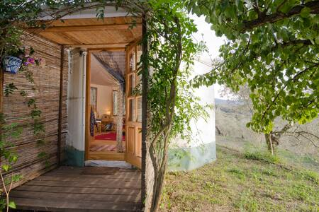 Charming Yurt ~ ideal for a couple - Lanjarón