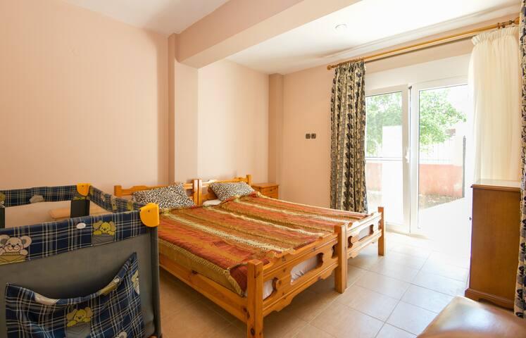Villa Ilias (65m2) - Flogita - Apartment