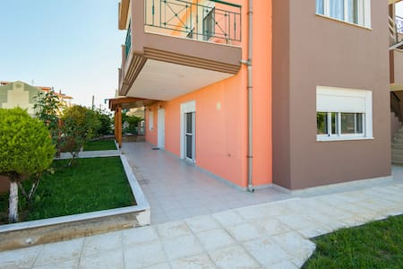 Villa Marina (65m2) - Flogita