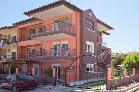 Villa Ilias (65m2) - Flogita