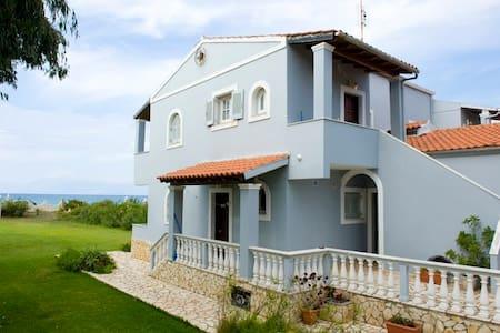 Maria's House at Almyros beach - Corfou - Appartement