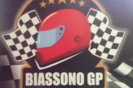 Rooms with bath GOLF/F1 GRAN PRIX - Biassono - Huvila