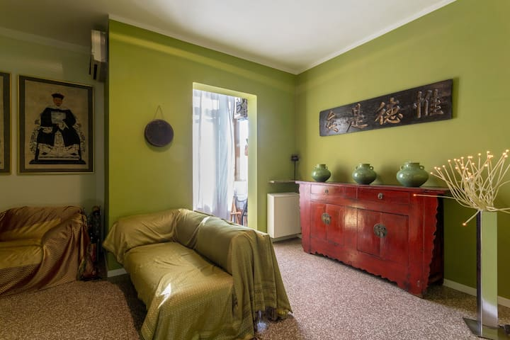 Memorie di viaggi in Oriente: Casa - Mantova - Appartement