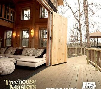 TREE HOUSE off the grid! Built by Pete Nelson - Brooksville - Casa en un árbol
