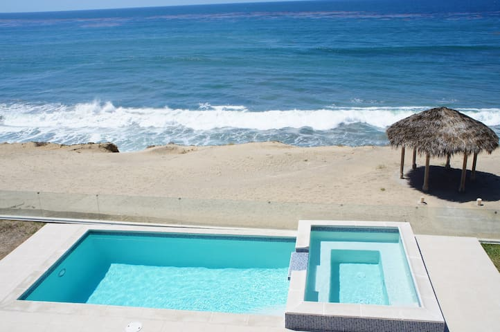 New Luxury Ocean Front Villa - Rosarito