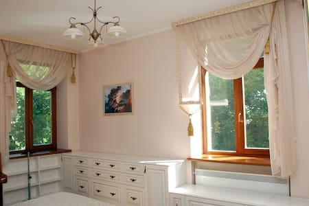 Квартира Люкс в центре Луганска - Luhans'k