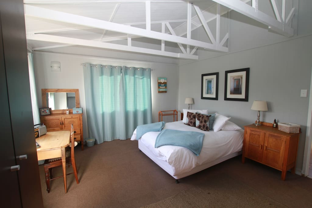 Large main room beautifully decorated in authentic farm style