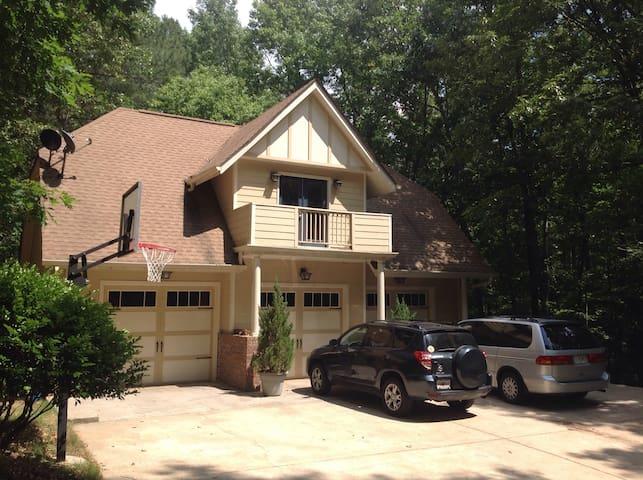 A garage Aparment - Douglasville - Apartmen