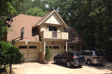 A garage Aparment - Douglasville - Apartamento