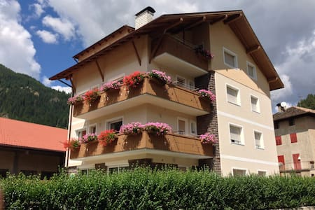 Feeling at home in the Dolomites, Fiemme Trentino - Predazzo - Bed & Breakfast